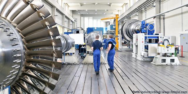 Herstellung von Gasturbinen in einer Fabrik fr Maschinenbau - In